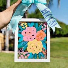 Mother\'s Day Gift Ideas: Floral Suncatcher Frame