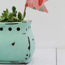 Upcycle a Scentsy Pot to a Succulent Container
