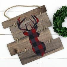 10 Holiday Wood Signs
