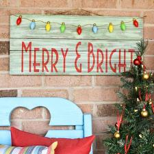 Merry and Bright Sign | DecoArt