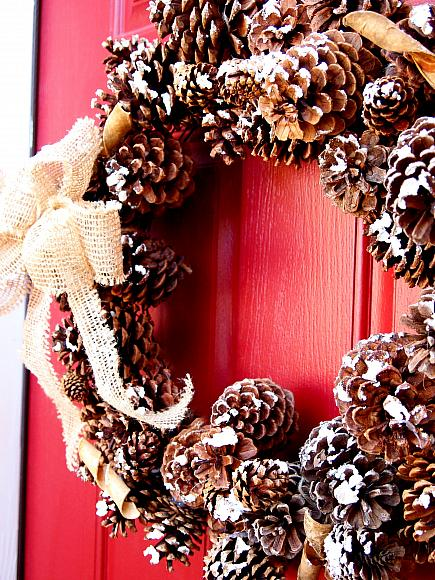 Instruction #10 - DIY pine cone wreath