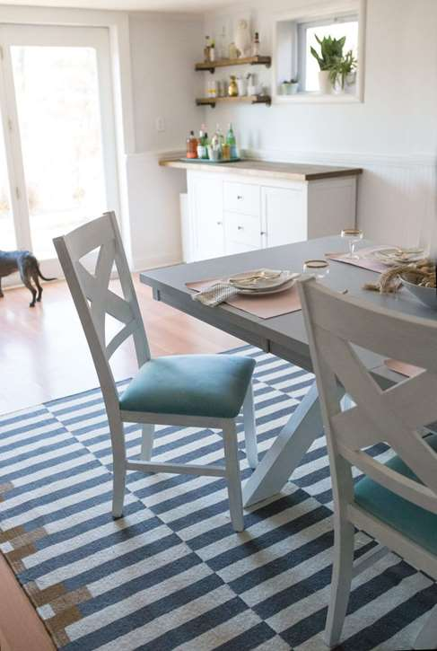 Decoart blog meet the maker shrimp salad circus for Is chalk paint durable for kitchen table