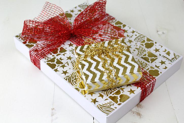 Holiday Mosaic Gift Box