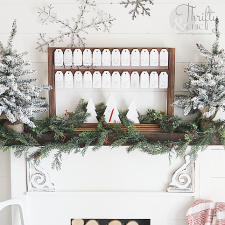 Farmhouse Style Advent Calendar | Thrifty and Chic