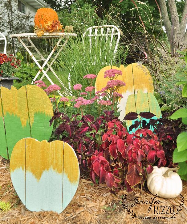 Gold Frosted Wood Pallet Pumpkin Patch