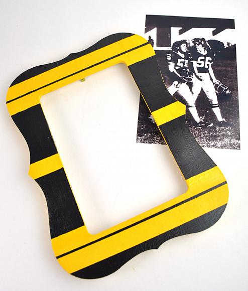 i carefully pealed away the tape to reveal my steelers inspired frame which will look perfect with the vintage black and white photo i found