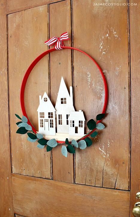 Decoart Blog Crafts Simple Holiday Home Wreath