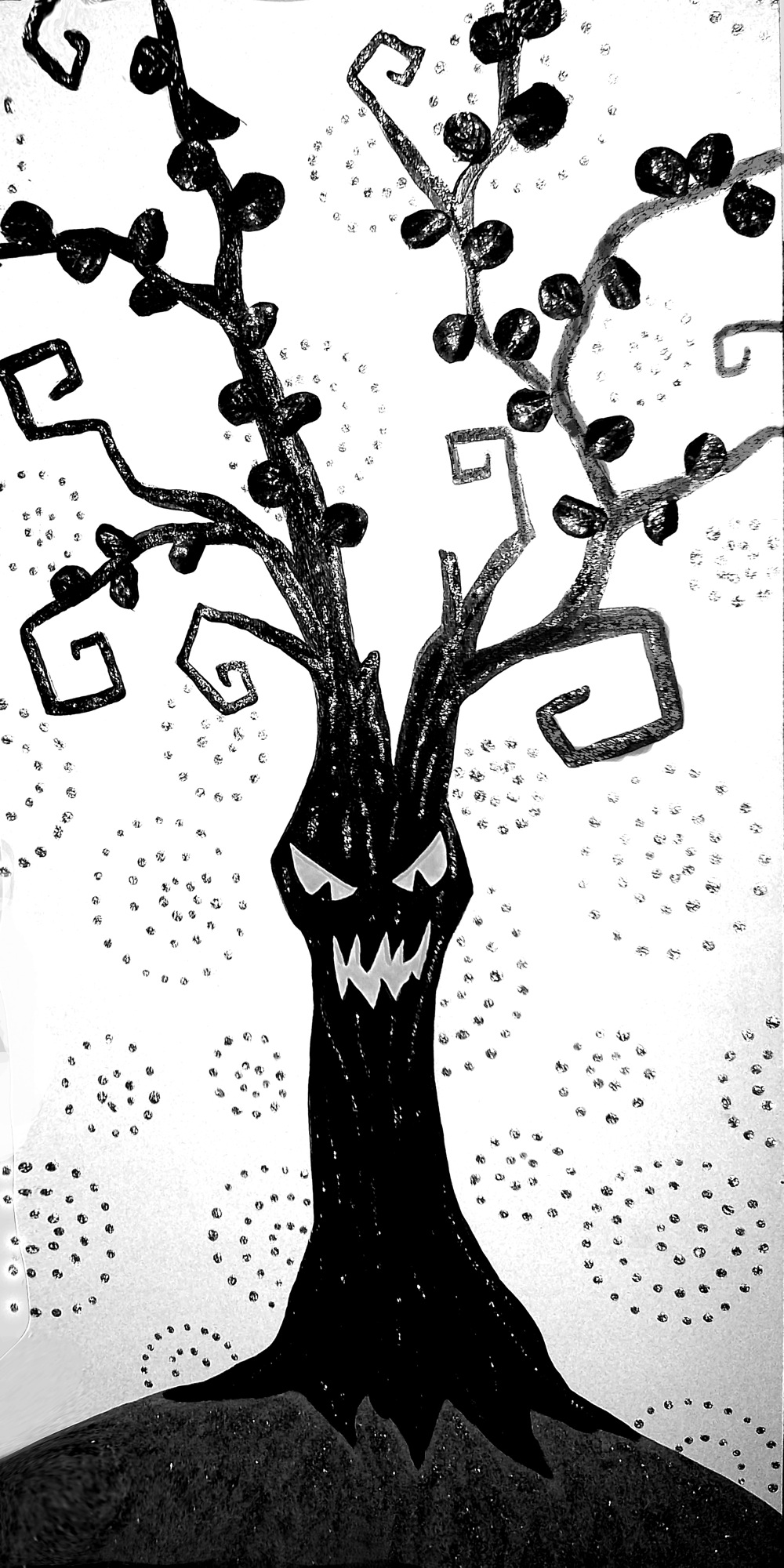 Sparkly Spooky Amp Creepy Tree Wall Hanging Project By