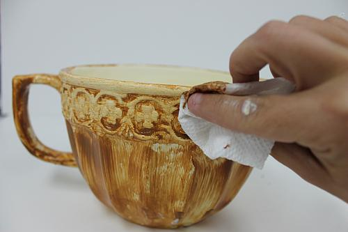 Chalky Finish Easter Eggs In A Tea Cup Project By Decoart
