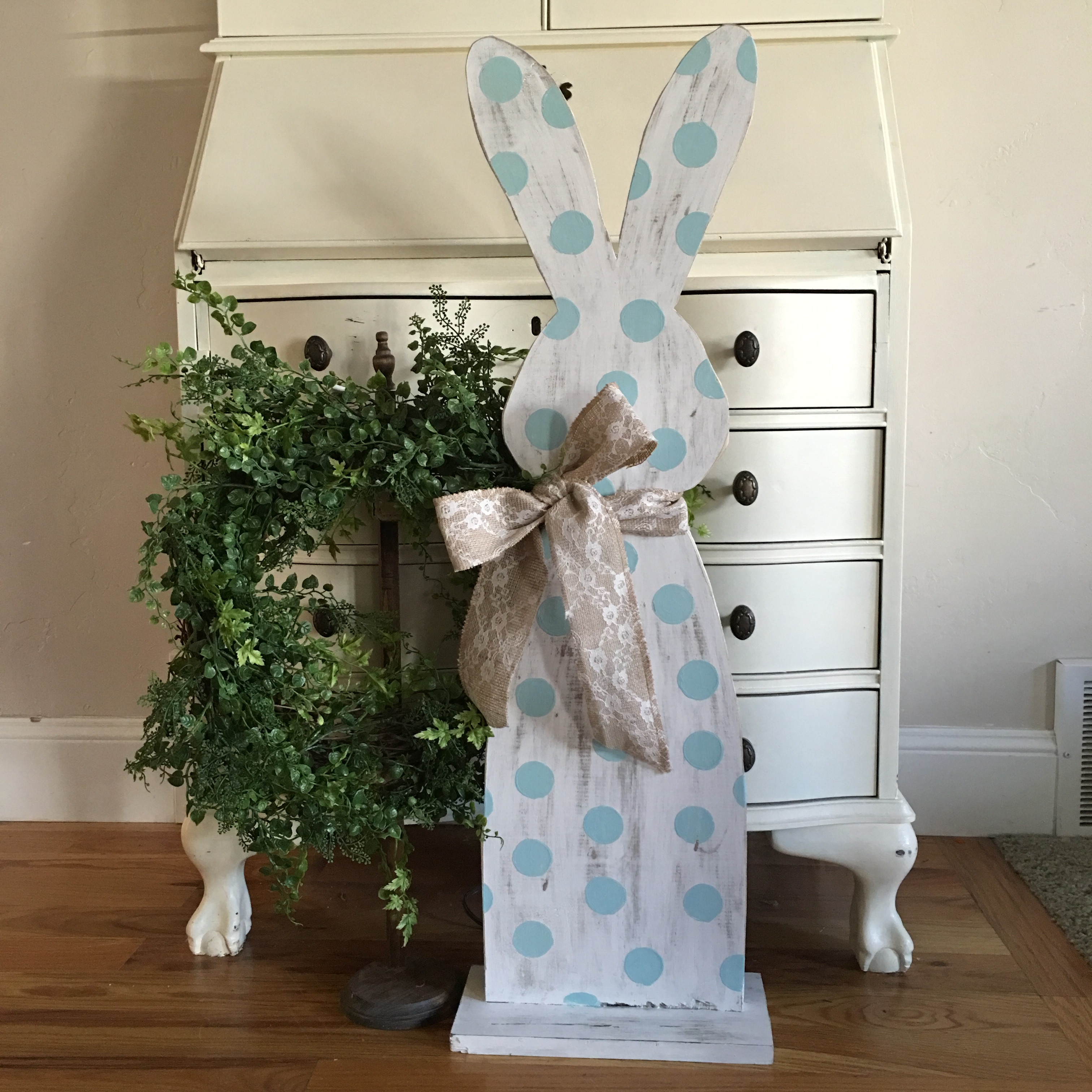 Hippity Hop Easter Bunny Outdoor D 233 Cor Project By Decoart
