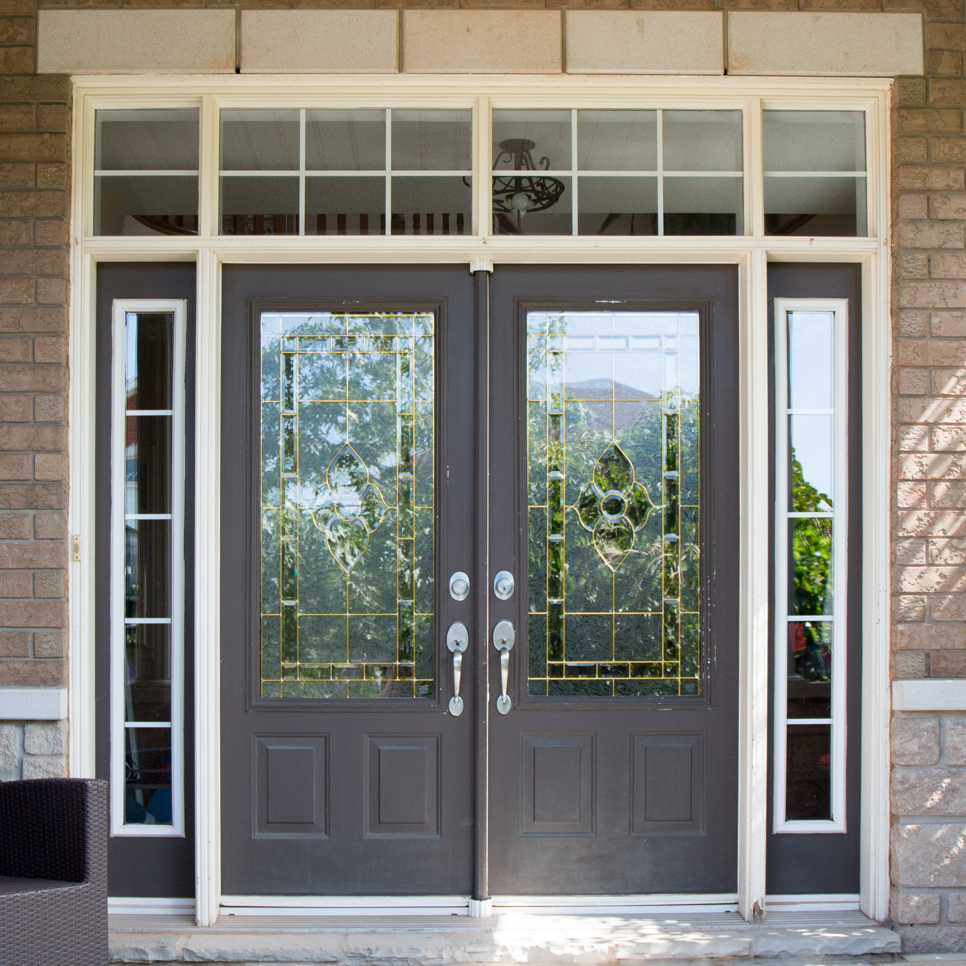 Prep Your Door By Cleaning It With Mild Soap And Water. Make Sure The Door  Is Completely Dry Before Starting To Paint.