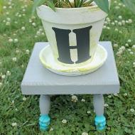 Marbled Flower Pot and Stool
