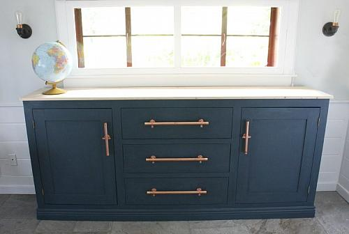 Unique Chalky Finish Sideboard Makeover
