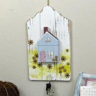 Cottage Key Holder