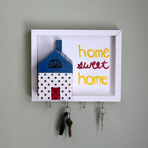 """Home Sweet Home"" Key Holder - Project by DecoArt"