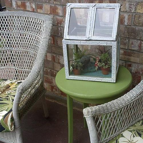 Crackled Terrarium From Reclaimed Frames Project By Decoart
