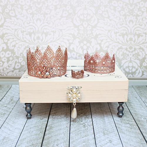 Rose gold trio of lace crowns project by decoart