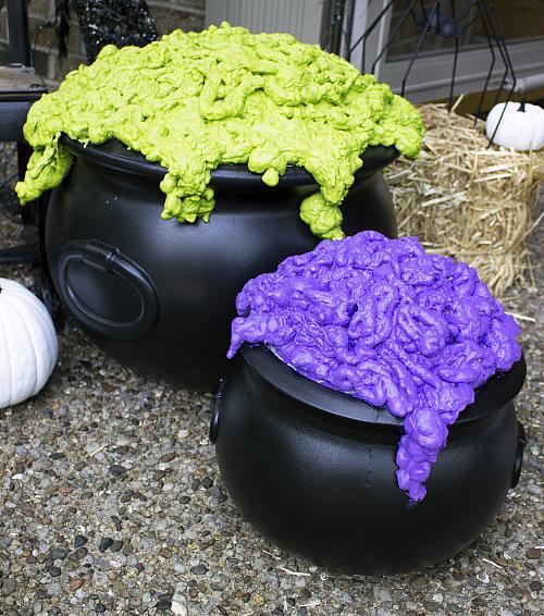 Diy Bubbling Witch S Cauldron Project By Decoart