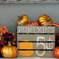 Painted Pumpkin Crate