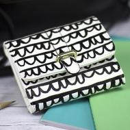 Scallop Patterned Wallet