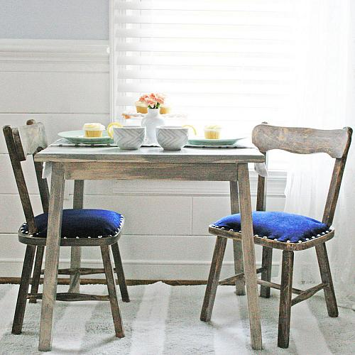Children S Rustic Table And Chairs Set Project By Decoart