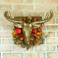 Deer Wreath Décor