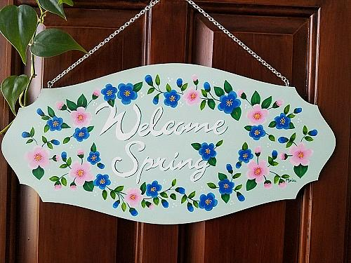 Welcome Spring Wooden Plaque