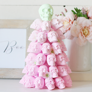 Ombre Skull Tree Decor