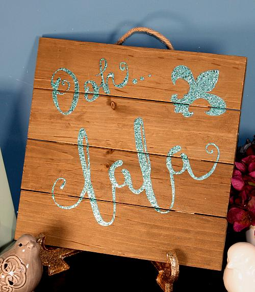 French-Inspired Flirty Pallet Sign