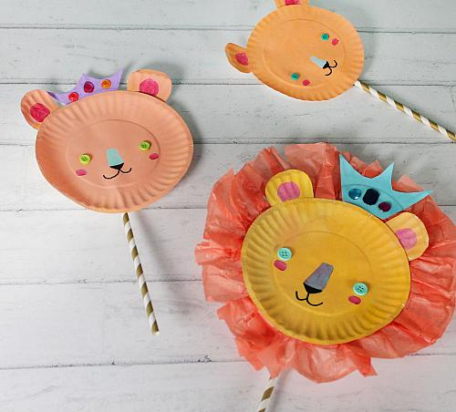 Lion Family Paper Plate Puppets