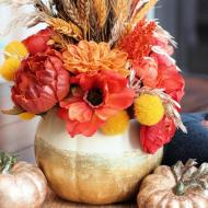 Gold Glitter Pumpkin Centerpiece