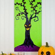 Spooky Tree Wall Hanging