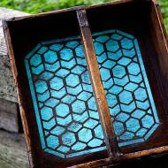 Geometric Stenciled Picnic Caddy