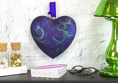 DuraClear Iridescent Hanging Heart